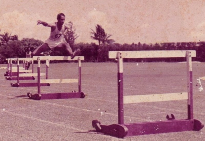 WINSTON TAMBIMUTTU - ONE OF THREE PETERITE ATHLETES FROM THE FIFTIES WHO WON NATIONAL HONOURS
